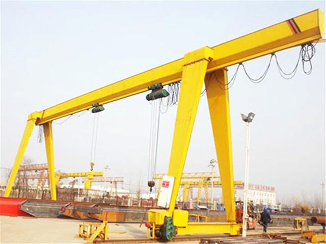 Common single beam gantry crane