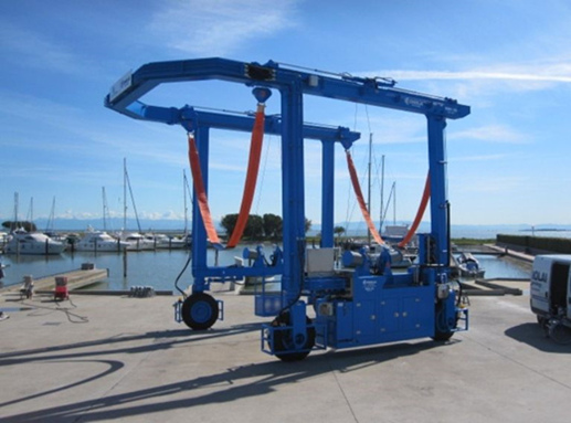 Standard Mobile 150 Ton Travel Lift for Business